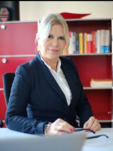 Rechtsanwältin Christine Kirsch